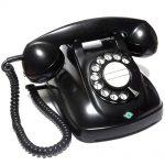 インテリアにも素敵、昭和レトロな黒電話!