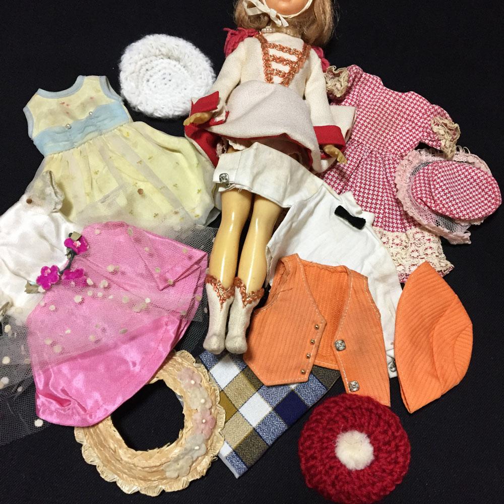 スカーレットちゃん人形
