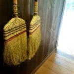 静かな掃除道具として「和箒(ほうき)」が人気