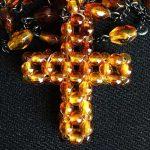 ビーズ十字架ペンダント