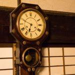 時を刻んで生きてるような「振り子時計」