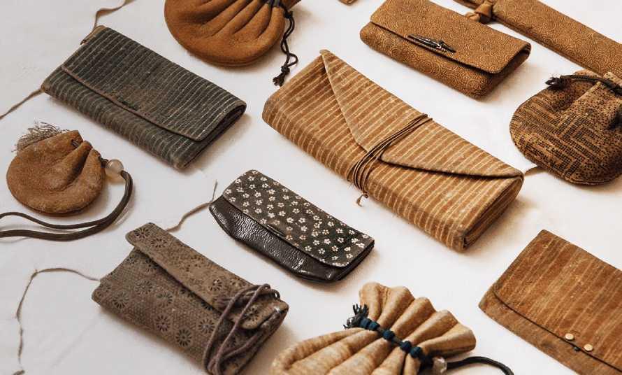 江戸時代の印伝革財布
