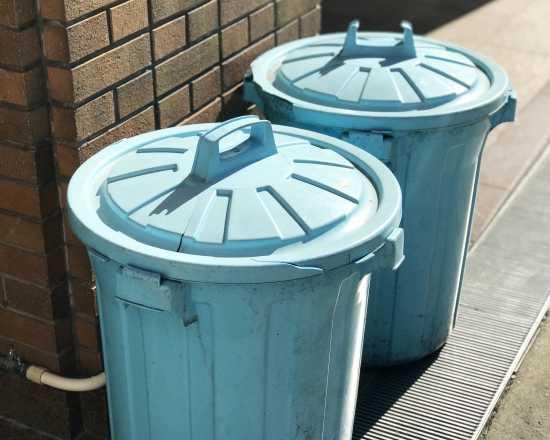 ポリバケツ容器